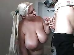 I migliori video di sesso gratis - ragazza cicciottella che fa sesso