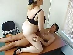 Ofis ücretsiz seks klipleri - yağlı beyaz porno